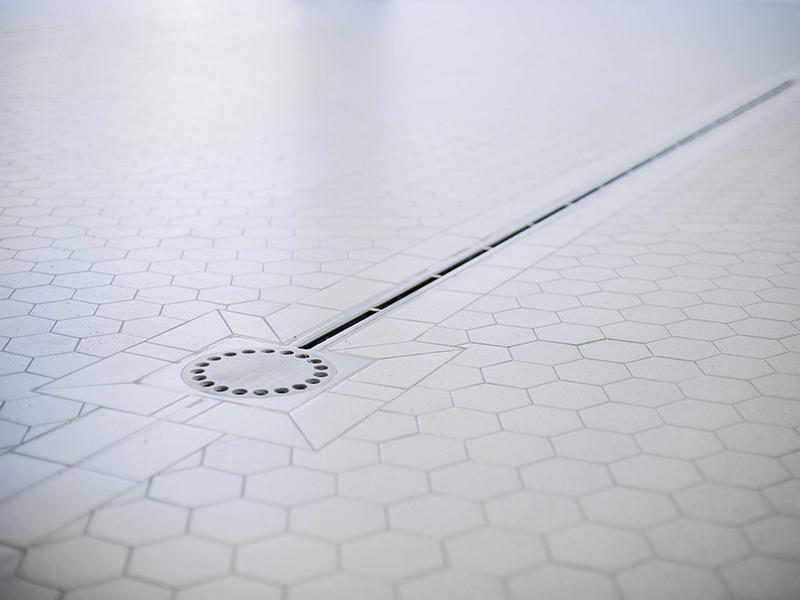 Giaretta pavimenti exatech haccp piastrella esagonale